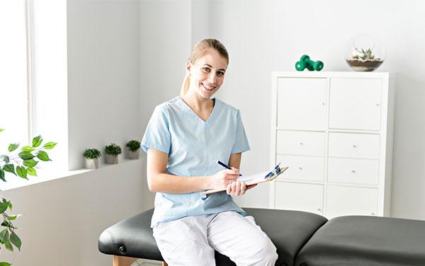 Image of a massage therapist.