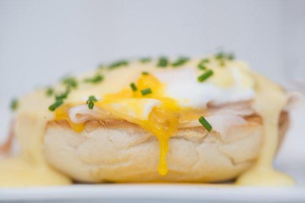 eggs-benedict-best-off-stock