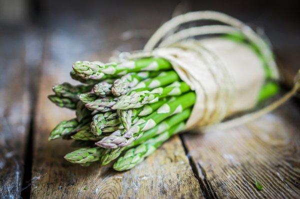 asparagus-stock-101014