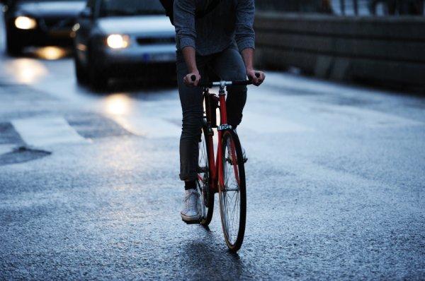 cyclist-stock-171114