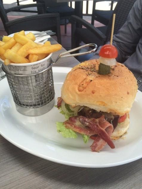 L'Artista burger