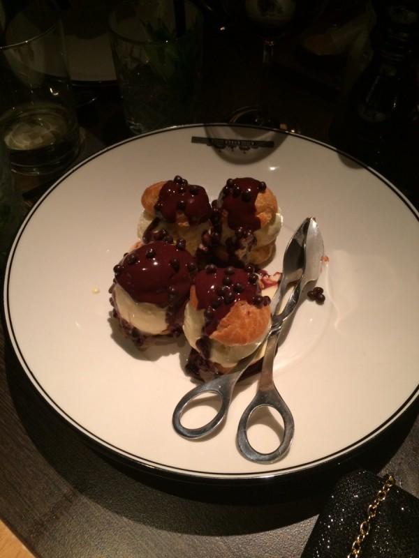 qt canberra profiteroles dessert