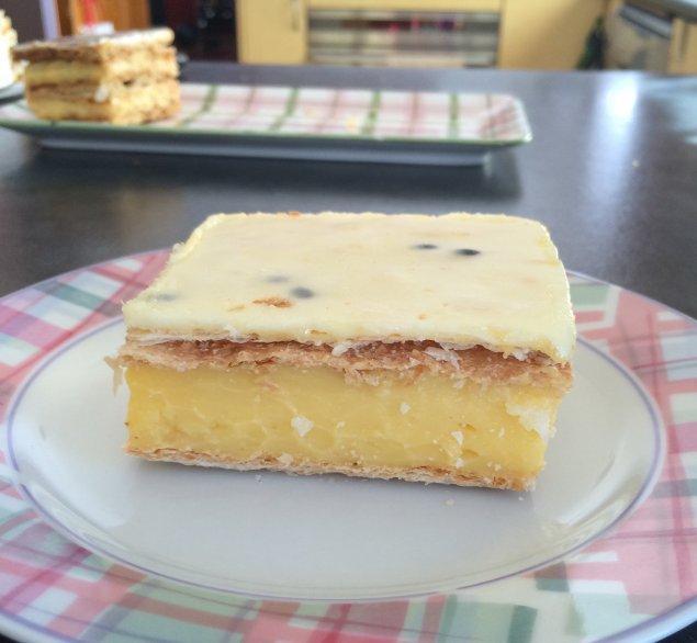 erindale cakery bakery vanilla slice