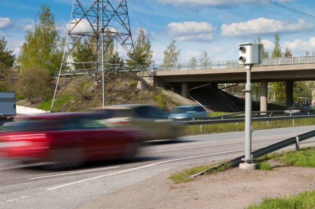 stock-car-traffic-speed-camera
