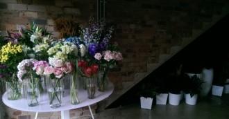 First Look: The Flower Bar