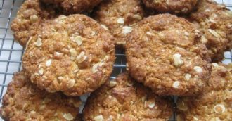 Capital kitchen  Anzac biscuits recipe