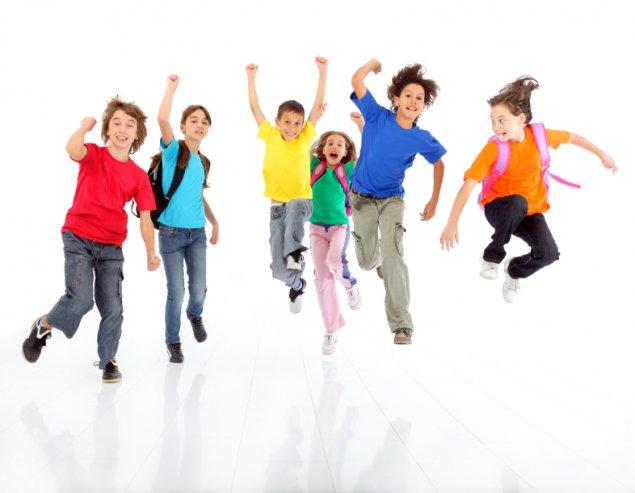 children on move