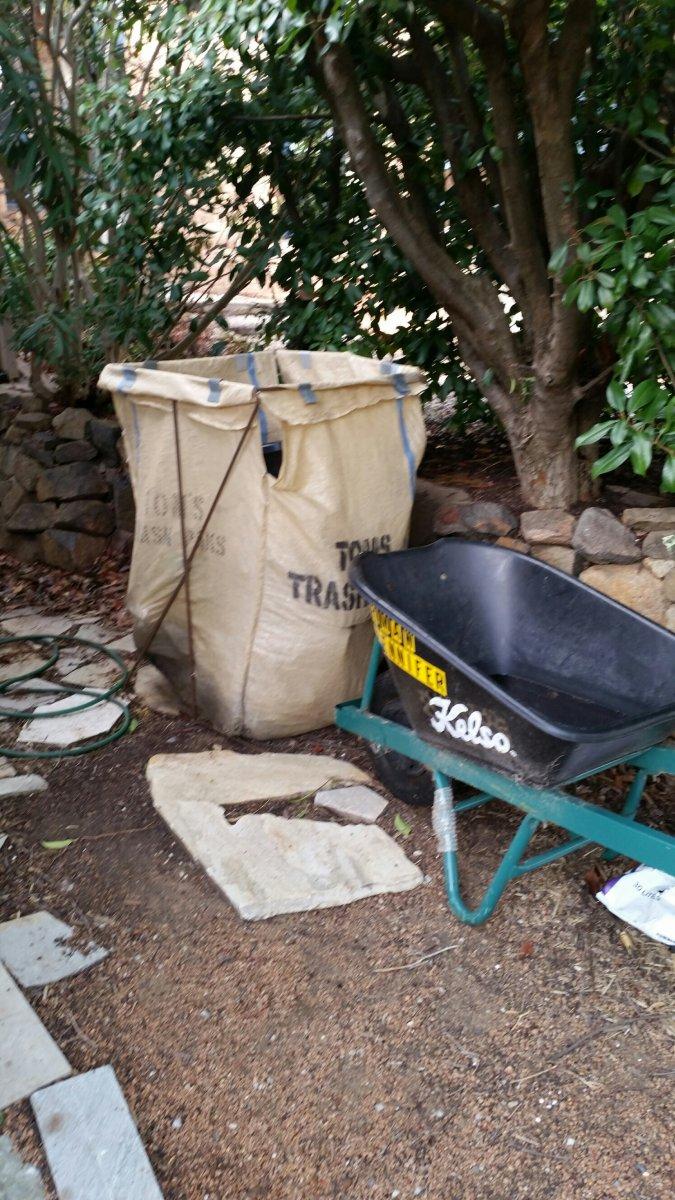 Toms Trash Paks