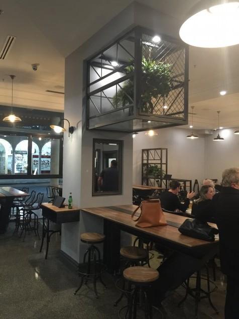 Social & Co interior