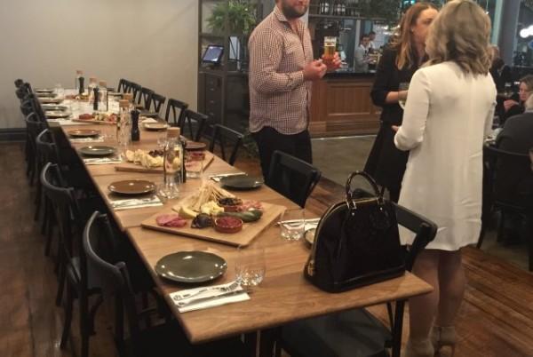 Social & Co top tables