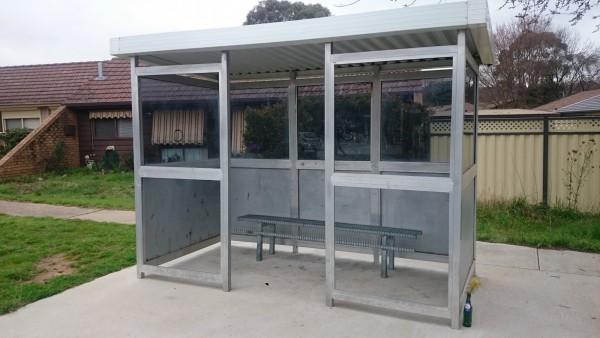 Giralang bus shelter