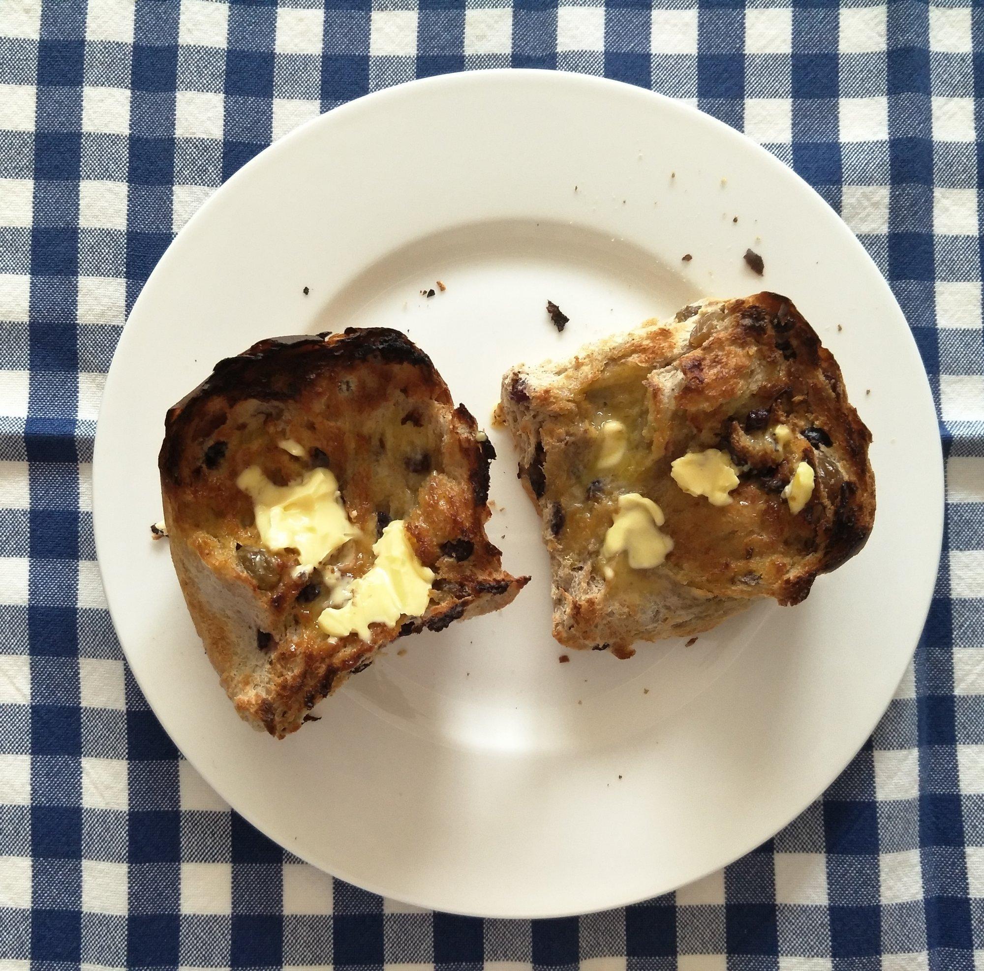 hot-cross-buns-buttered-three
