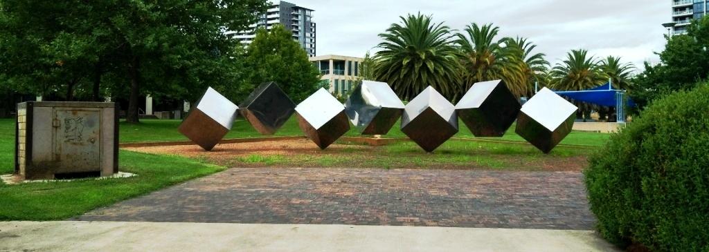Tumbling Cubes Cunding Futs