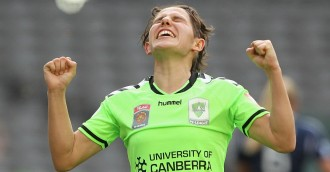 Canberra United star gets on her bike for charity