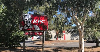 KFC Fyshwick held up, men flee to Narrabundah on foot