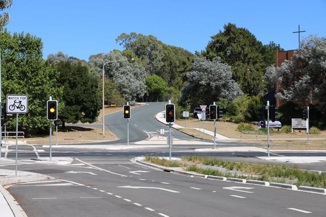 Melrose Drive traffic lights