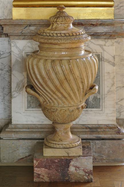 tedeschi urn small