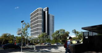 Geocon brings in specialists to investigate noise problems in Canberra   s tallest building