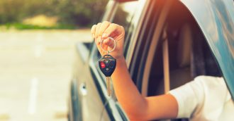Buying a first car without blowing the budget: 3 practical tips for parents