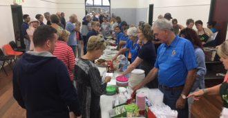 Tathra Bushfire Evacuation Centre closes having housed huge generosity