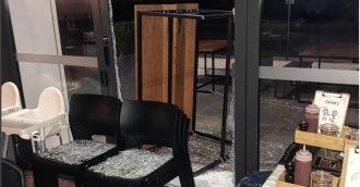 Break-in doesn  8217 t stop Teddy Picker  8217 s Cafe