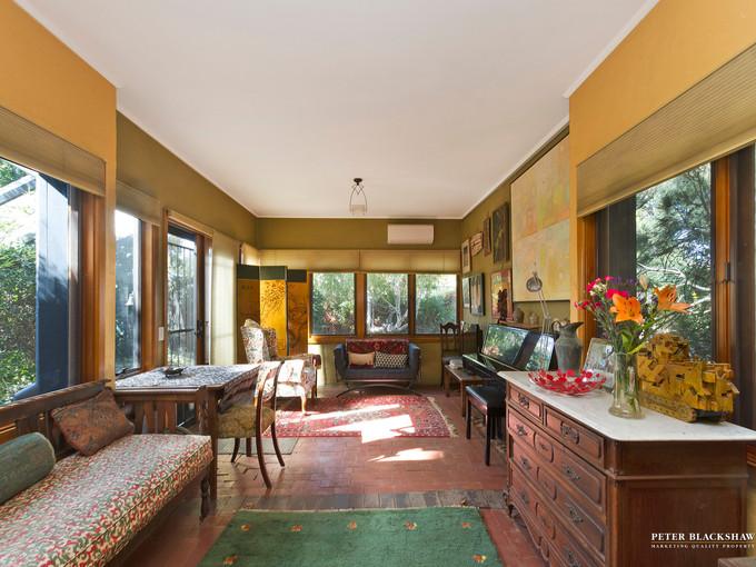 heritage-listed 1924 cottage