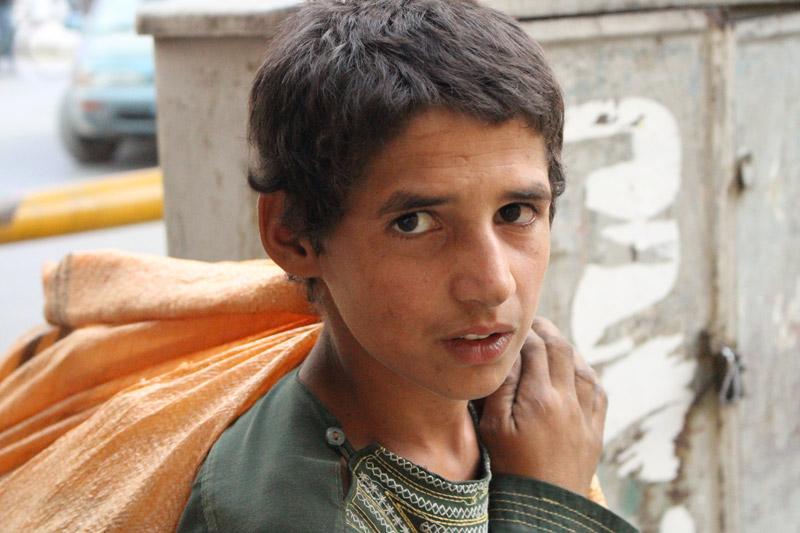 Hangama Obaidullah, Street child 1, 2018. Photograph