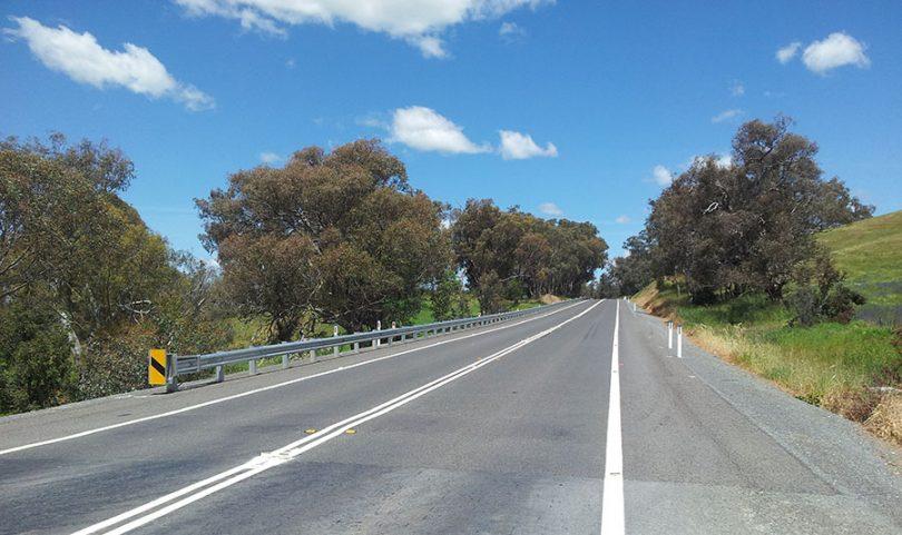 Canberra man dies after head-on crash on 'dangerous' road