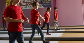 New junior tenpin bowling program rolls into ACT