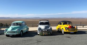 Car enthusiasts flock to Canberra to celebrate 70th anniversary of Morris Minors