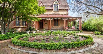 Landmark 1868 Goulburn home once used as girls' boarding school offers historic charm