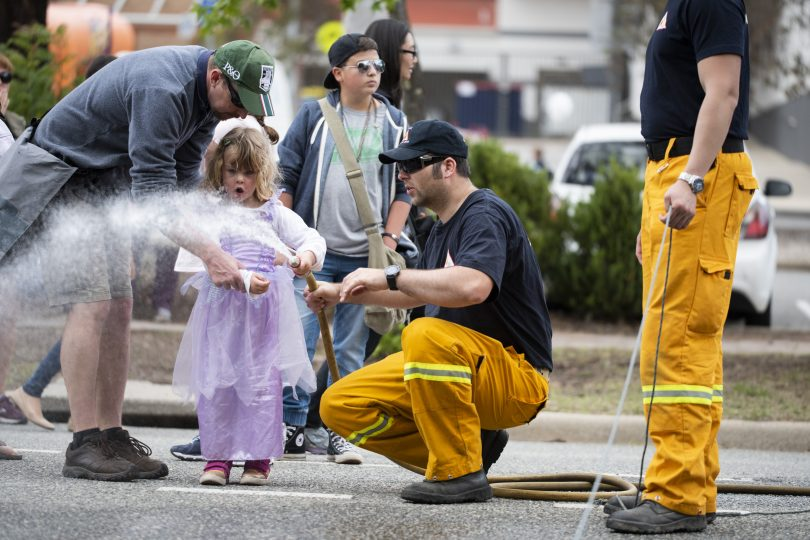 Firefighters delighting SouthFest visitor