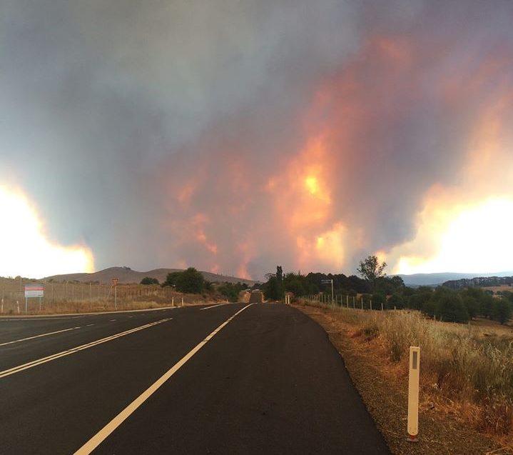North Black Range bushfire in distance in December 2019.