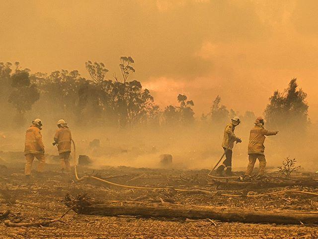 Bungendore firefighters