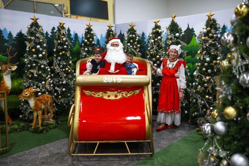 Visit Santa at Canberra Outlet
