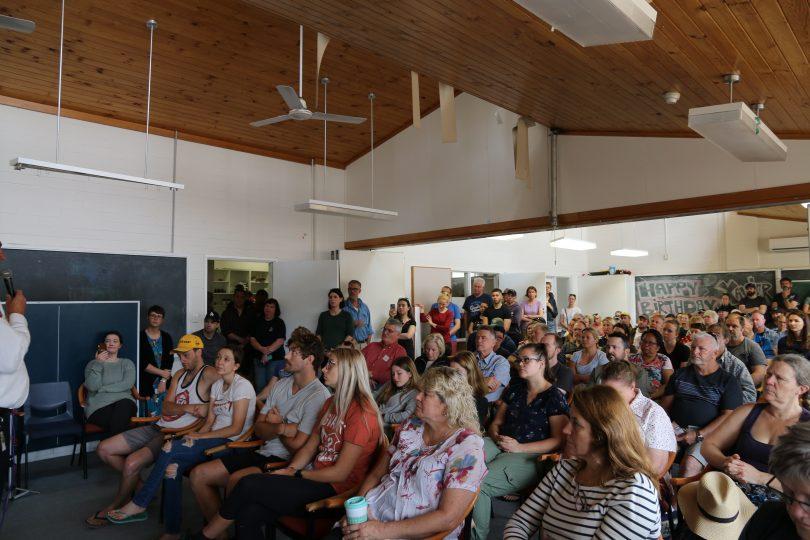 Uriarra community meeting