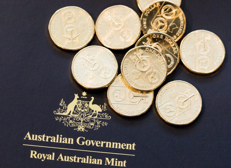 Royal Australian Mint, Qantas coin