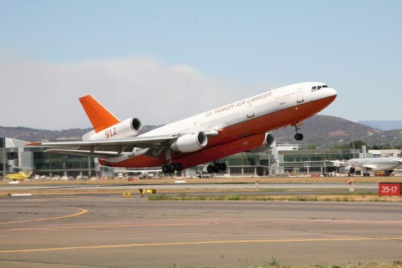 DC-10 Air Tanker, Orroral Valley fire, Canberra Airport
