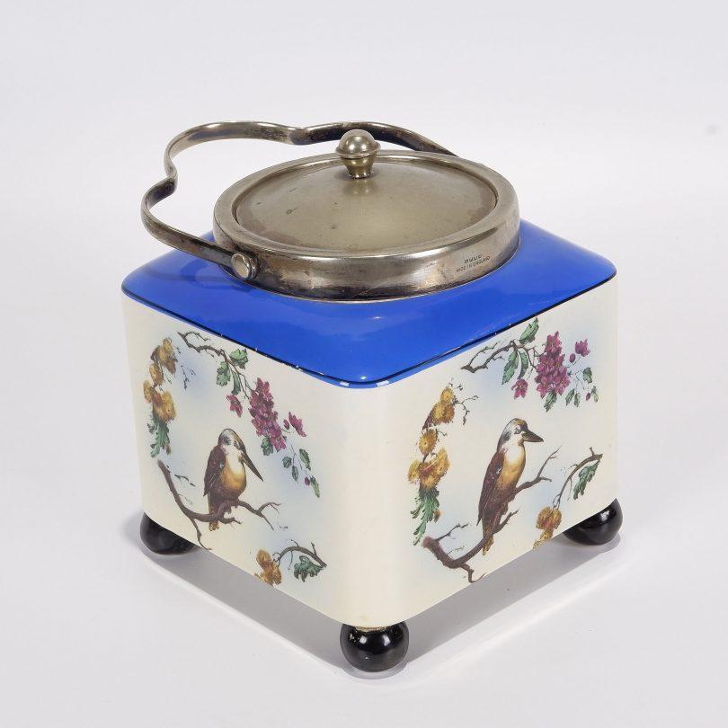 Tea caddy with kookaburra decoration