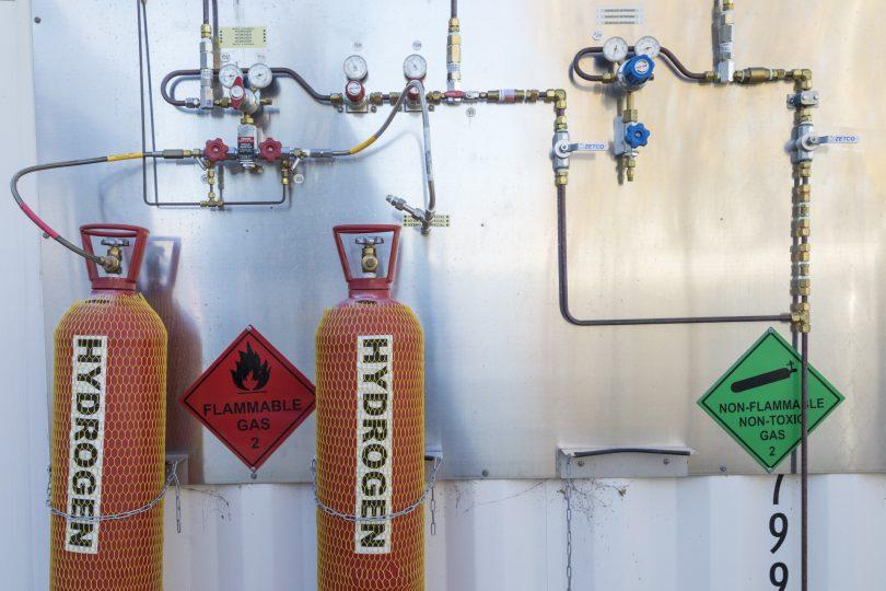 Hydrogen bottles