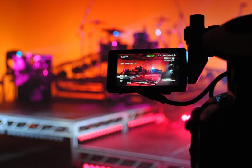 Filming Live in Ya Lounge