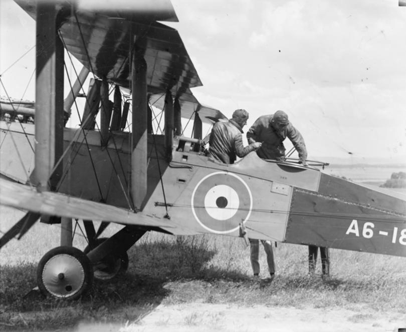 RAAF De Havilland DH9 on the airfield
