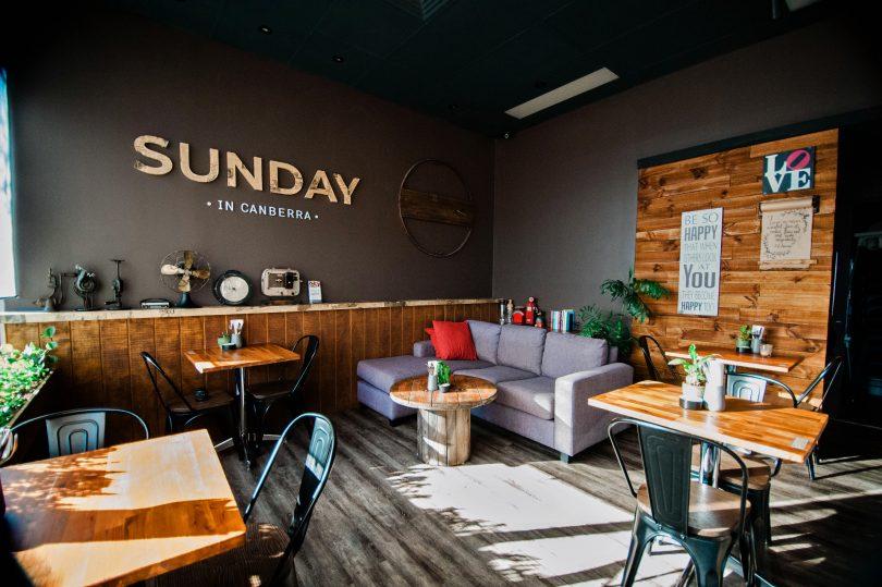 Sunday in Canberra café