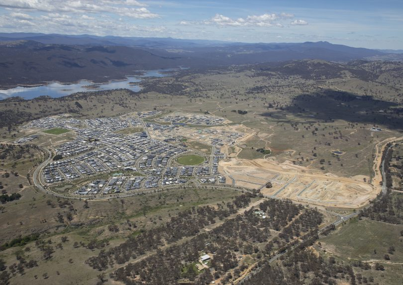 Aerial view of Googong.
