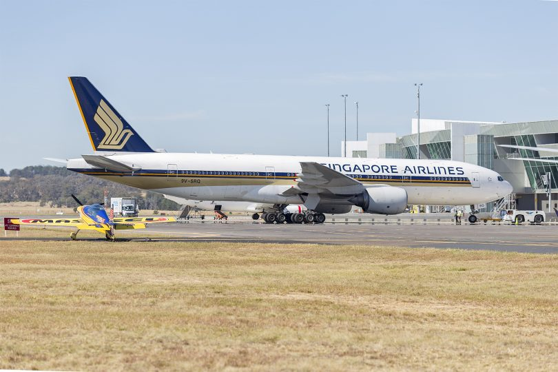 A Singapore Airlines flight at Canberra Airport
