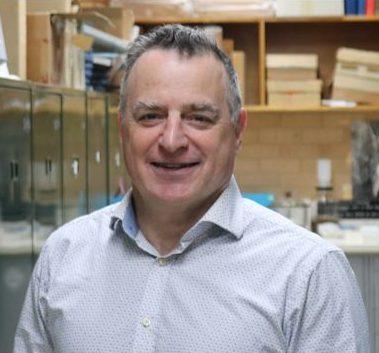 Dr David Yeates.
