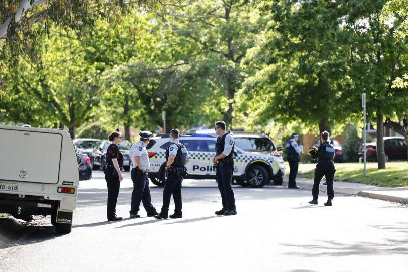 Police investigating the shooting at Narrabundah on 3 November 2020