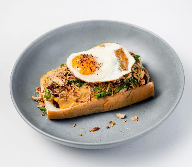 Teddy Pickers breakfast roll