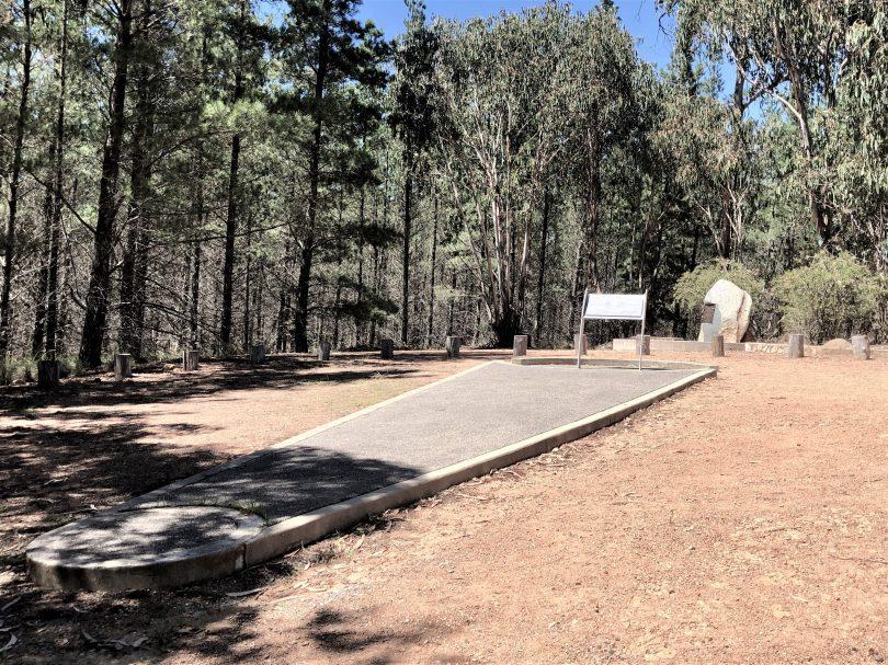 Air Disaster Memorial at Fairbairn Pine Plantation