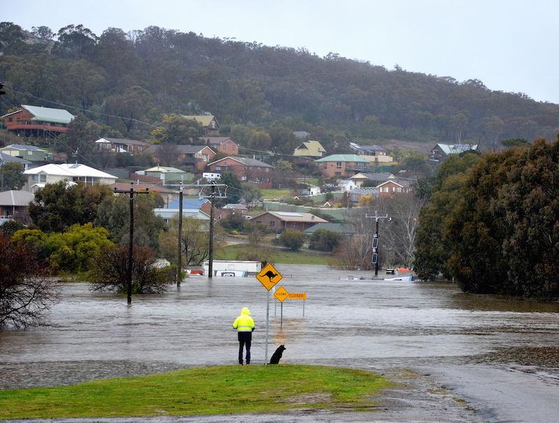Flooding on Lower Sterne Street in Goulburn.